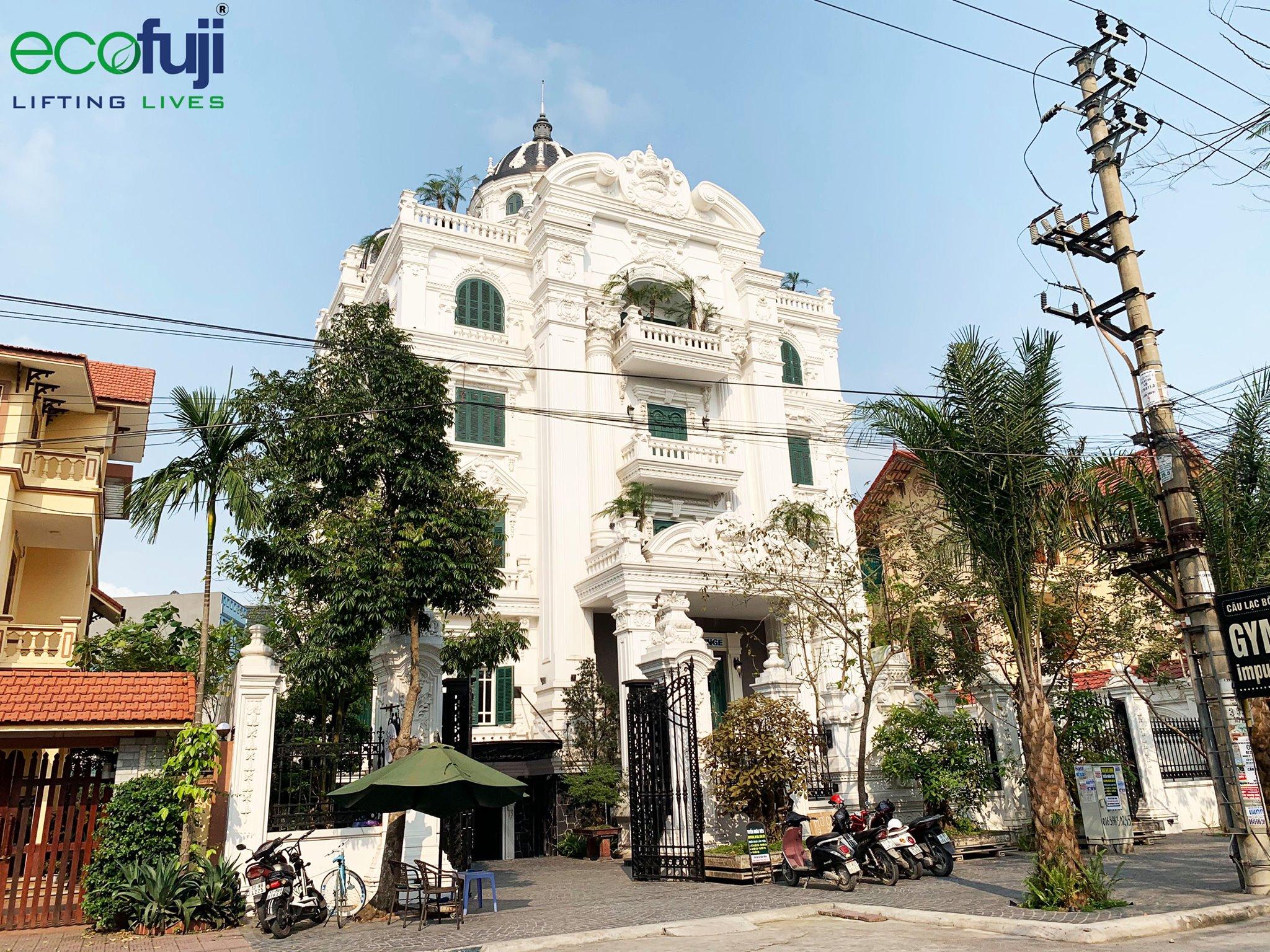 Lâu đài cafe ở Thái Bình